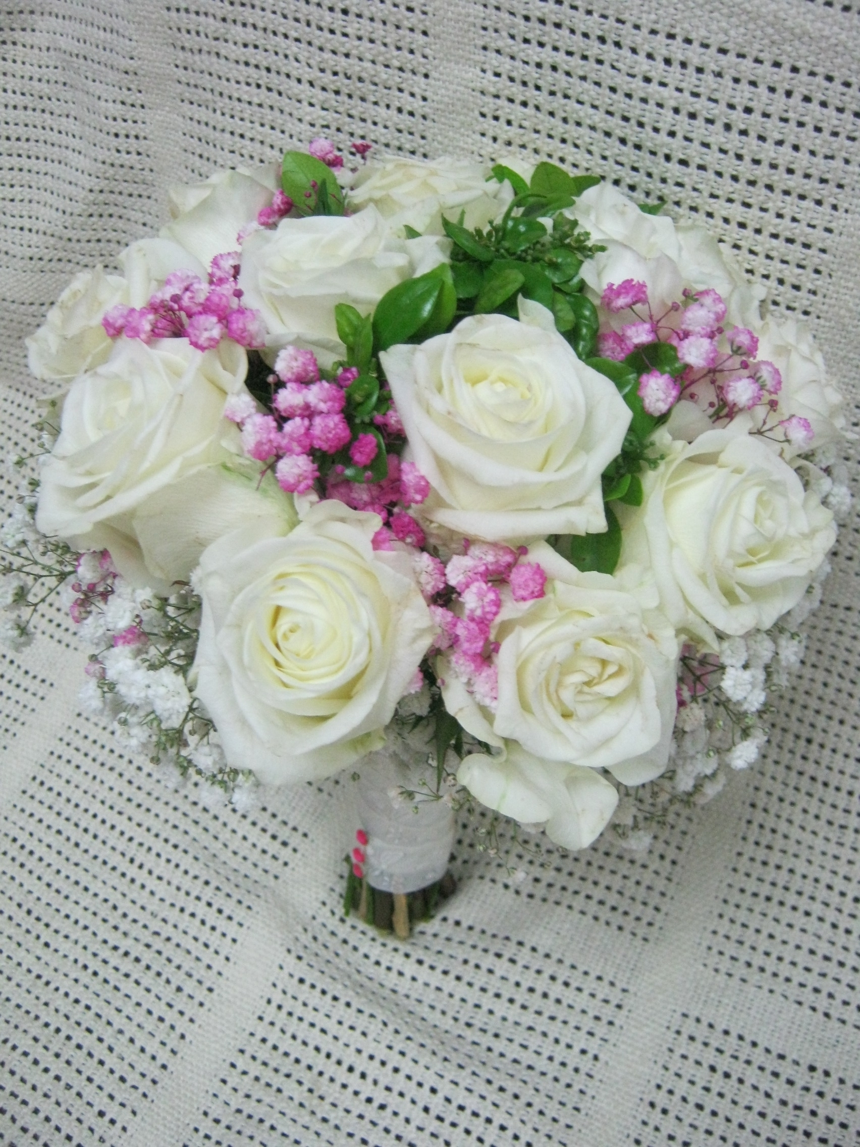 White Roses With Pink White Babys Breath