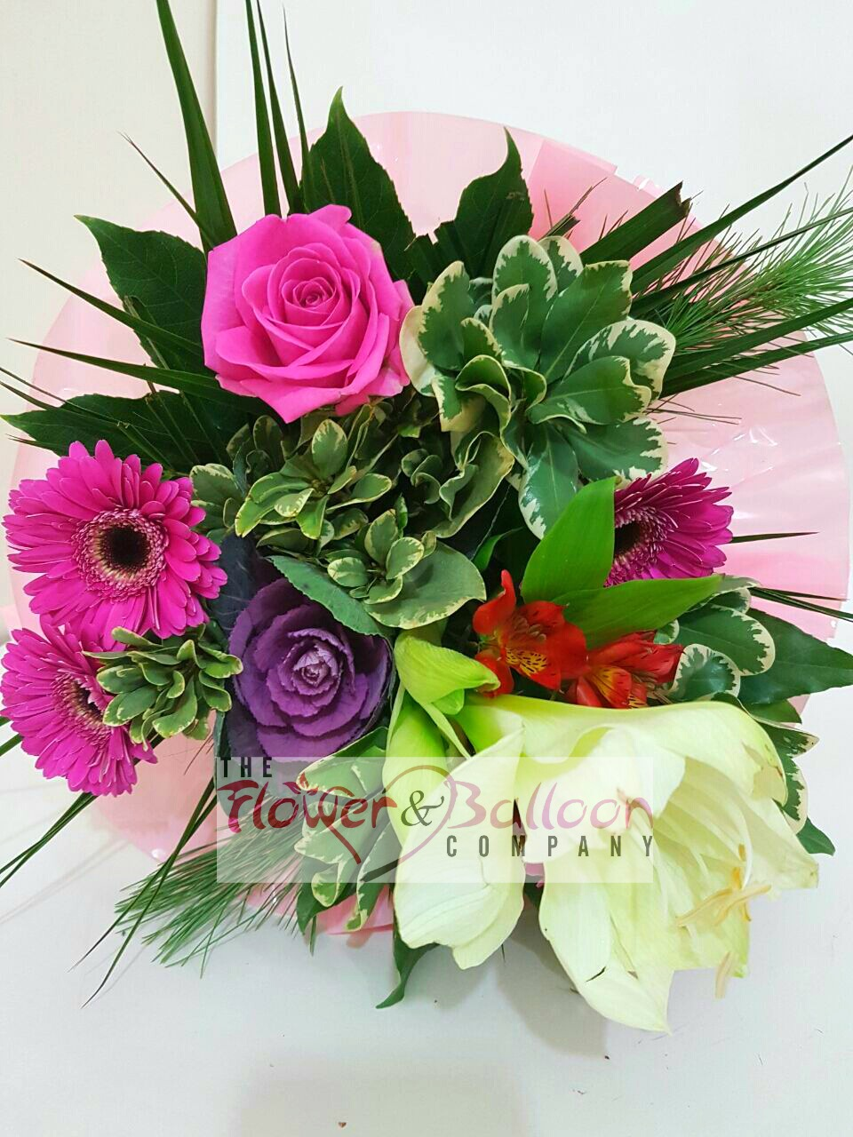 Florist Selection Bouquet – flowerandballooncompany.com