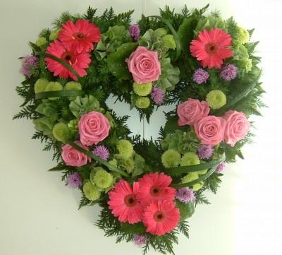 Pink Roses, Pink Gerbera & Green Chrysanths Wreath